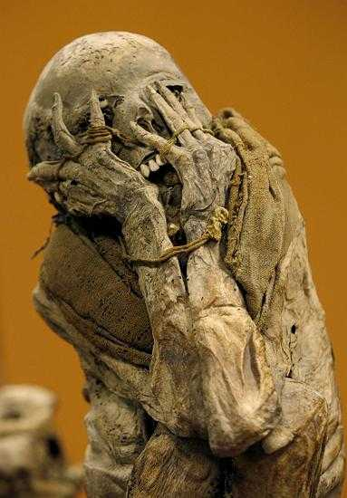Why does no one ever want to sleep with mummies?